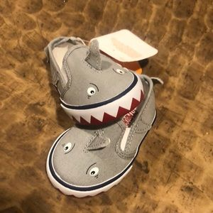 GYMBOREE CANVAS SNEAKERS
